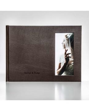 Silverbook 40x30cm mit Hochformat Fenster